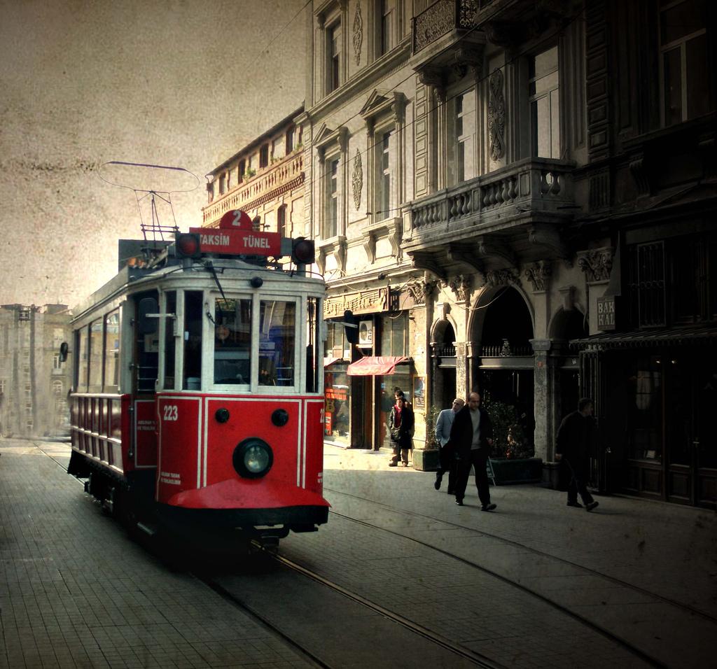 beyoglu4 En Görkemli ve En güzel İstanbul Resimleri